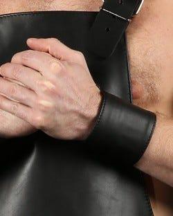 Wristband Zipper Pocket Black